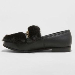 Sal faux fur closed back Loafers with gold chain
